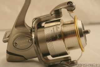 SHIMANO TWIN POWER 3000 MgS